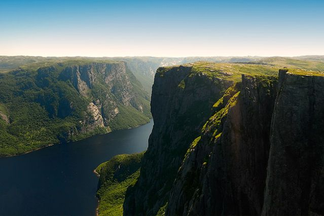 © Vision The Atlantic Canada - Western Brook Pond - Parc national du Gros-Morne - Terre Neuve