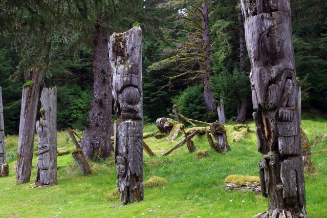 © Dans le parc national Gwaii Haanas - Colombie-Britannique - Canada - Andrew Jones