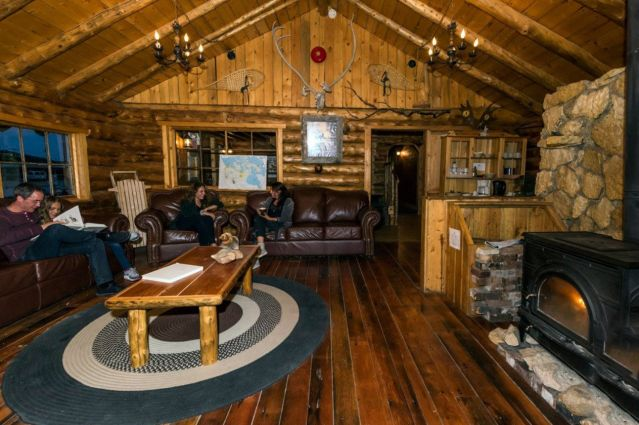 © Lazy Bear Lodge - Churchill - Manitoba - Canada - Lazy Bear Expeditions