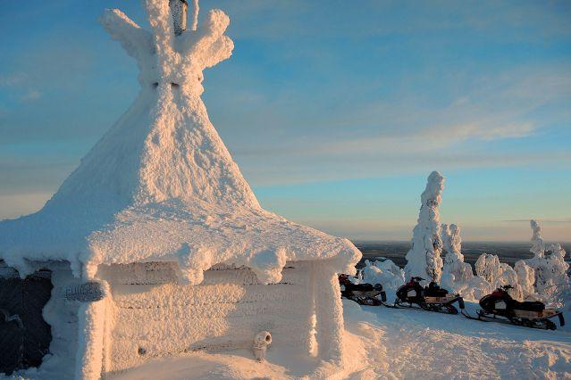 © Chalet au coeur de la forêt lapone - Finlande