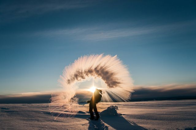 Lancer de neige - Laponie - Finlande