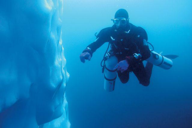 voyage groenland plong 233 e plong 233 e sous les glaces du fjord sermilik