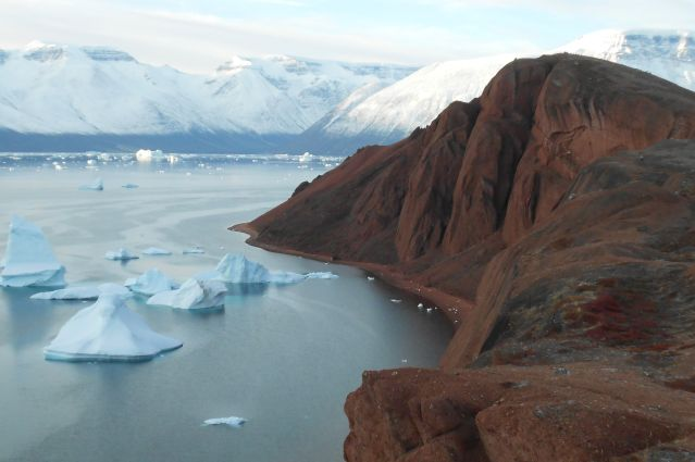 ©  L entrée du Rodefjord - Fjord du Scoresby sund - Groenland - Marie Foucard