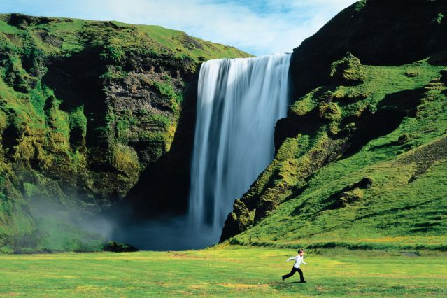 L'âme islandaise © Sime / Photononstop - Skogafoss - Skogar - Islande