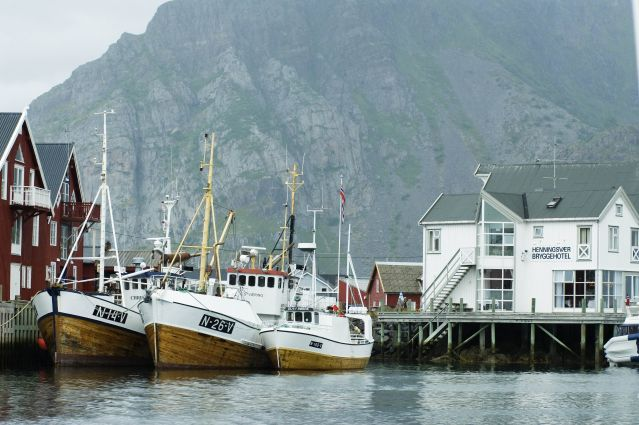 © Port d Henningsaer - Îles Lofoten - Norvège - Christian Houge / Innovation Norway