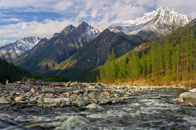 Rivière Shumak - Monts Saïan - Massif du Saïan Oriental - Russie