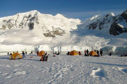 Multi-activités dans le grand continent blanc