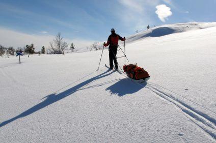 Ski, pulka et bivouac à travers la Laponie