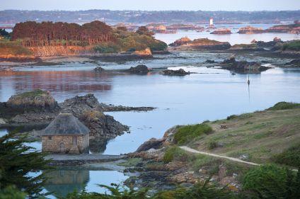 La côte nord de la Bretagne à la voile