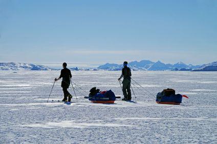 Raid à ski sur la banquise du Groenland
