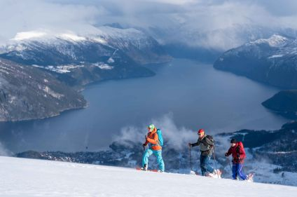 A la découverte des Alpes norvégiennes enneigées